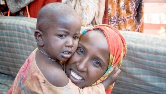 mum baby smile, ibu senyum bersama ibu, ibu senyum, perihal senyum , senyumlah,